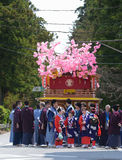 NIKKO, JAPAN - APRIL 16: De mensen van Nikko vieren Yayoi-festiva Stock Foto