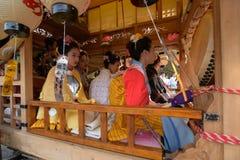 NIKKO, JAPAN - 16. APRIL: Leute von Nikko feiern Yayoi-festiva Stockbilder