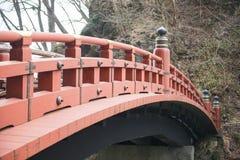 NIKKO, JAPAN - 22. FEBRUAR 2016: Rote Brücke Shinkyo in Japan Lizenzfreies Stockbild