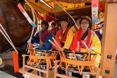 NIKKO, JAPON - 16 AVRIL : Les habitants de Nikko célèbrent le festiva de Yayoi Photo libre de droits