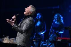 Nikolai Baskov se realiza en etapa durante el 50.o concierto del cumpleaños del año de Viktor Drobysh en Barclay Center Fotografía de archivo libre de regalías