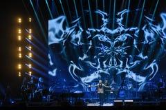 Nikolai Baskov se realiza en etapa durante el 50.o concierto del cumpleaños del año de Viktor Drobysh en Barclay Center Imagen de archivo libre de regalías