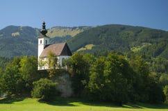 Nikolaus Kirche (Sinterklaas-kerk) dichtbij Golling een der Salzach, Salzburg, Oostenrijk Royalty-vrije Stock Afbeeldingen