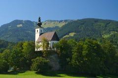 Nikolaus Kirche (Sinterklaas-kerk) dichtbij Golling een der Salzach, Salzburg, Oostenrijk Stock Foto's