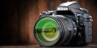 Nikon D810 kamera med nikkorzoomen Royaltyfri Bild