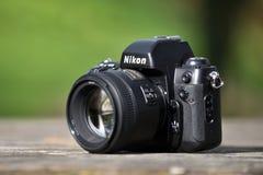 Nikon F-100filmkamera Stockfotos