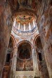 Nikortsminda, Georgia - 28 de abril de 2017: Interior y frescos murales en la catedral de Nikortsminda en Racha, Georgia Fotografía de archivo libre de regalías