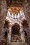 Nikortsminda, la Géorgie - 28 avril 2017 : Intérieur et fresques muraux dans la cathédrale de Nikortsminda dans Racha, la Géorgie Image libre de droits