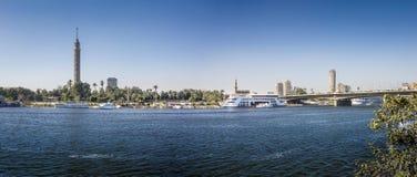 Nil nadbrzeże rzeki przy Kair, Egipt panorama Obrazy Royalty Free