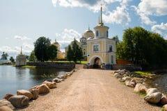 The road to the  Nilo-Stolobenskaya Pustyn