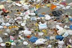 Nimajjanam di inquinamento-ganesha dell'acqua, Haidarabad fotografia stock libera da diritti