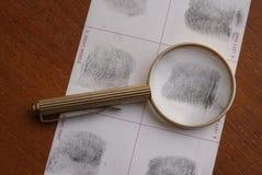 Nimmt von Prüfung Fingerabdrücke Lizenzfreies Stockbild