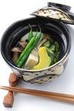 Nimono, cuisine japonaise authentique Images libres de droits