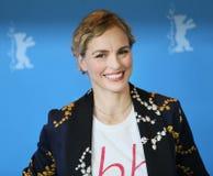 Nina Hoss atende ao retorno do ` ao ` de Montauk fotos de stock royalty free