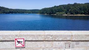 Ningún salto en muestra del lago Imagen de archivo libre de regalías