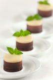 Ningún cueza al horno 3 pasteles de queso de los chocolates Fotos de archivo libres de regalías