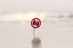 Ninguna muestra de la foto en la playa Fotografía de archivo libre de regalías