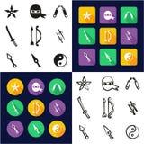 Ninja All dans les icônes une noires et la conception plate de couleur blanche à main levée réglée Image libre de droits