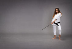 Ninja con la spada pronta a colpire fotografie stock
