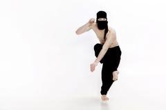 Ninja na białym tle Męski wojownik w czerni ubraniach Obraz Royalty Free