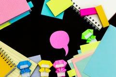 Ninja pequeno Kids Are Helping seu trabalho ou estudo Imagem de Stock Royalty Free