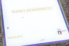 Nino Benvenuti, boxning och CONI-emblem arkivbild