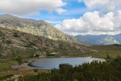 Nino Lake, GR20 slinga, Corse, Frankrike Fotografering för Bildbyråer