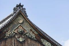 Ninomaru slotttak på den Kyoto Nijo slotten i Kyoto, Japan Royaltyfria Bilder