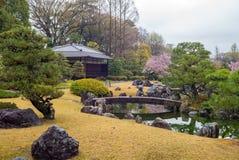 Ninomaru trädgård i den Nijo slotten i Kyoto, Japan Arkivbilder