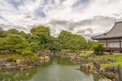 Ninomaru trädgård i det Kyoto slottet Arkivbilder