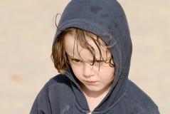 Niño en la playa.   Foto de archivo libre de regalías