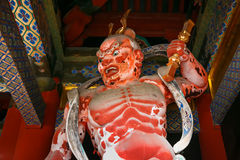 NIO na porta do santuário de Nikko Toshogu em Japão imagens de stock royalty free