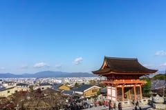 Niomon brama w Kiyomizu-dera świątyni Obraz Stock