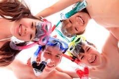 Niños felices con los tubos respiradores Imágenes de archivo libres de regalías