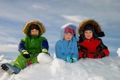 Niños felices del invierno Foto de archivo