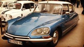 Nis,塞尔维亚- 2016年10月08日:雪铁龙DS是制作和销售从1955年到1975年 DS为它的aerodynami知道 库存图片