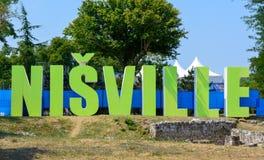 Nis,塞尔维亚- 2015年8月16日:Nisville爵士节签到Ni 库存照片