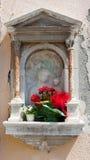 Nische mit der heiligen Jungfrau Lizenzfreie Stockfotografie