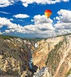 Niscy spadki w Yellowstone Zdjęcia Royalty Free