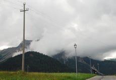Niska chmura Nad Carnic Alps Blisko Sauris Fotografia Royalty Free