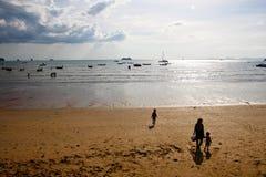 Niski przypływ przy plażą Fotografia Stock