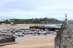 Niski przypływ, Tenby, południowe walie, UK Zdjęcia Stock