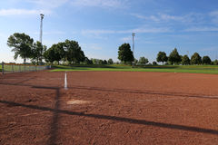 Niskiego kąta softballa pole fotografia stock