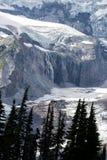 Nisqually glaciär och vattenfall Arkivbild