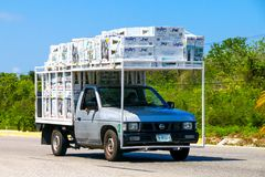 Nissan Camiones Imágenes de archivo libres de regalías