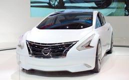 Nissan Ellure Concept Car på skärm. Fotografering för Bildbyråer