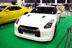 Nissan GT-R bianco nell'Expo 2012 del croco Immagini Stock