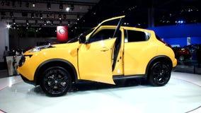 Nissan Juke на подиуме акции видеоматериалы