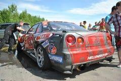 Nissan linii horyzontu r34 strojeniowe rywalizacje na nastrajających samochodach w dryfie rds obraz royalty free