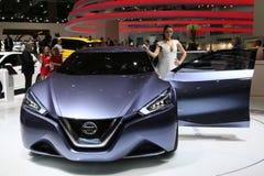Nissan pojęcia przyjaciel Ja Zdjęcia Royalty Free